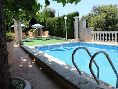 Photo for Club Villamar - Cozy house with internet access, a very nice terrace with barbecue, private pool ...