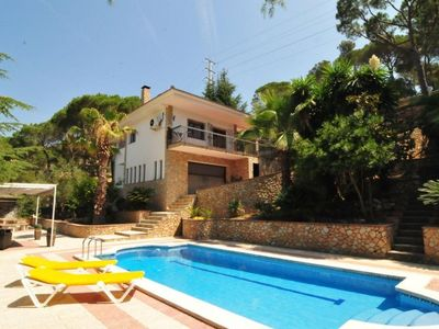 Photo for Club Villamar - Looking for an unforgettable holiday? This villa it's all your looking for: private pool, nice chill-out terrace and barbecue area.