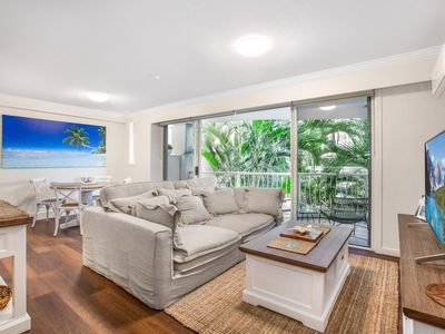 Photo for Live The Gold Coast Lifestyle In Top Location