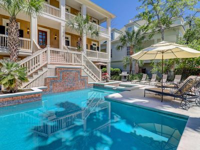 Photo for Spectacular 2nd row home with pool and spa, super close to beach!
