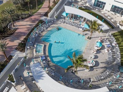 Photo for Two Bedroom Deluxe Ocean Front Resort, Clearwater Beach (1731796)