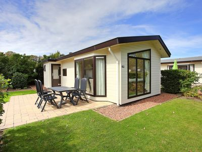 Photo for Vacation home Recreatiepark Noordwijkse Duinen  in Noordwijk, Zuid - Holland - 4 persons, 2 bedrooms