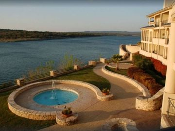Bodega Flat Creek Estate, Marble Falls, Texas, Estados Unidos