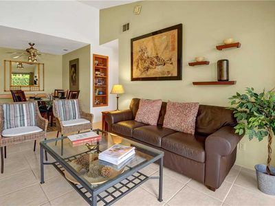 Photo for Corner Bungalow at Plaza Villas - Walking Distance to Downtown PS Restaurants!