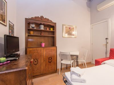 Photo for Apartment in the center of Rome with Internet, Lift, Washing machine (442303)