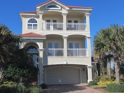 Photo for 4 bedrooms - 3 floors of relaxation, Ocean & Lake view, Elevator, 2 heated pools