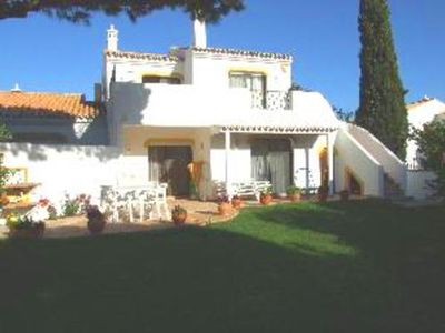 Photo for 2 bedroom Villa, sleeps 4 in Vale do Garrao with Air Con and WiFi