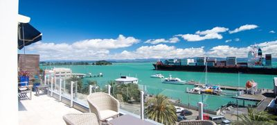 Photo for Luxurious Waterfront Apartment with Stunning Views