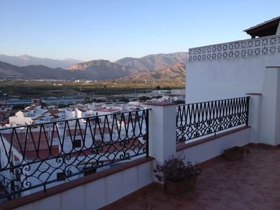 Photo for Spacious, bright quiet, historic neighborhood Salobreña