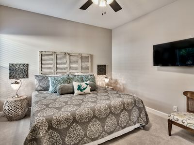 Crystal Beach House Al Second Floor King Master Bedroom With Private Bath