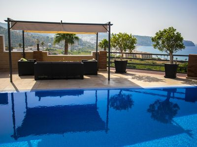 Photo for Villa in La Herradura, private swimming pool and sea views