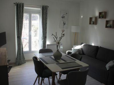 Photo for Charming appt F2 comfortable with private parking, quiet, facing the river.