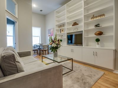 Photo for Charming 2BR Flat on Quiet Downtown Block