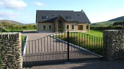 Photo for Modern 4 bedroom residence, short distance from Dingle town.