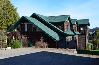 Hillside 2, a stunning 2 level 5 bedroom private home that sleeps 10!
