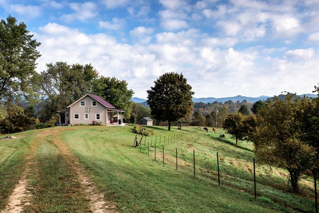French Broad Cabin Private Hiking Covered Vrbo