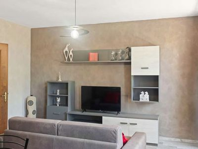 Photo for 60 sqm apartment with independent entrance
