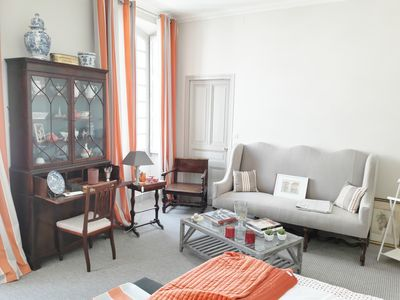 Photo for 2BR Apartment Vacation Rental in Nîmes, Occitanie