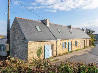 Photo for Vacation home Le Vieux Chêne  (CMS106) in Camaret sur Mer - 8 persons, 4 bedrooms