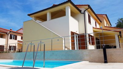 Photo for Holiday home for 10 guests with 200m² in Banjole (65275)