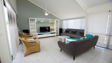 Search 694 holiday rentals