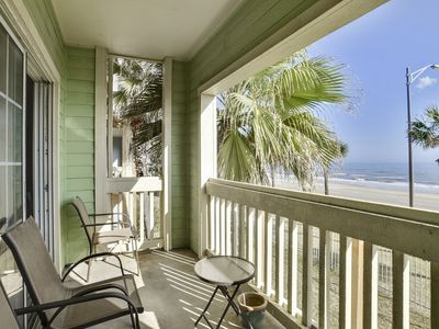 Dawn 625 is a Second Floor Gulf View One Bedroom, One Bath