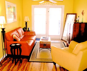 Condo in Old Town Key West's Truman Annex - Pool, Bicycle, Free Parking and WiFi