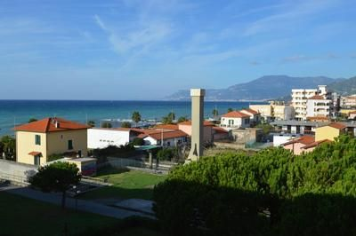 Photo for Apartment Ventimiglia for 4 - 6 people with 2 rooms - Apartment