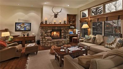 Photo for Chalet Verve: 3 BR / 3.5 BA townhouse in Beaver Creek, Sleeps 8