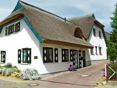 Photo for Vacation home Lotsenhaus in Groß Zicker - 4 persons, 2 bedrooms