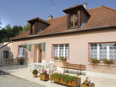Photo for Gite Saint-Remy-sous-Barbuise, 3 bedrooms, 6 persons