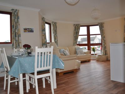 Photo for Seagem, Findhorn, family friendly first floor flat with sea view