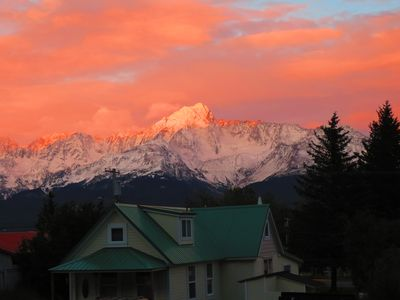 Downtown 3 Bedroom House With Beautiful Resurrection Bay And Mountain Views!!!!