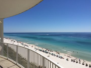 GULFVIEW 2BR/2BA Condo with Extra Large Balcony! Spring Breakers Welcome!!!