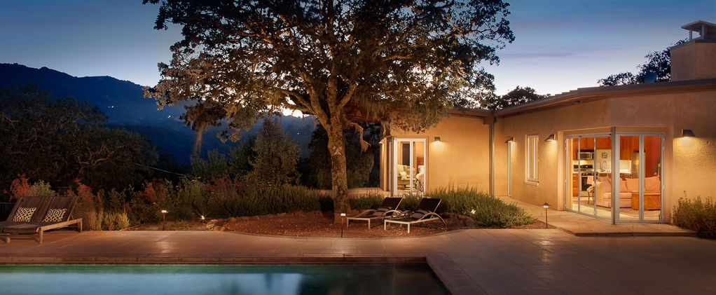 Peaceful wine country guest house avec piscine bain for Piscine wine