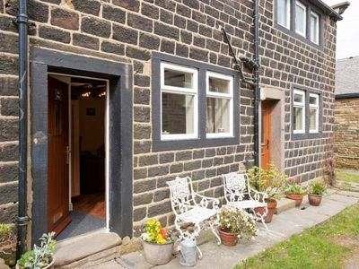 Photo for THE SNUG, pet friendly, with open fire in Haworth, Ref 903849