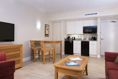 Living room + wide dining area, a perfect place for family getaways!