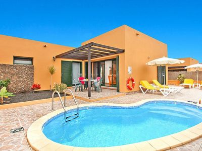 Photo for Holiday homes Viviendas Vacacionales Sol Deluxe, Corralejo  in Fuerteventura - 4 persons, 2 bedrooms