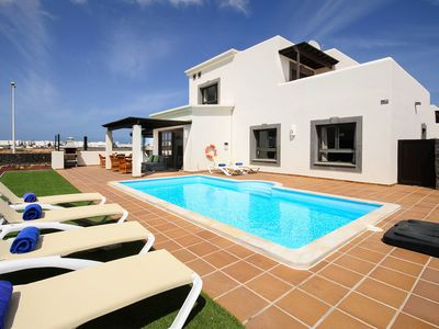 Photo for Elegant Villa with Pool, Terrace, Balcony, Garden and Wi-Fi; Parking Available