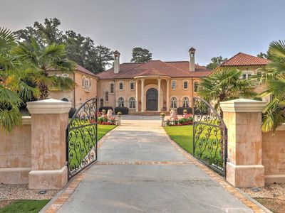 Photo for Atlanta Mansion For Events/Film/TV/Holiday Party/Weddings