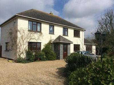 Photo for One Bedroomed fully equipped Annex, full kitchen, bathroom, sleeps 3.
