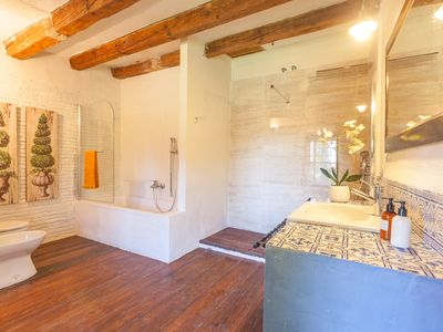 Photo for Villa located next to the medieval town of Palafrugell