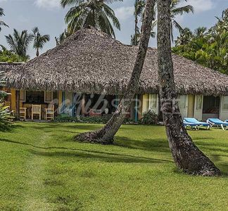 Photo for Amarilla, full color villa by the sea on Playa Bonita