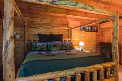 Master Suite With A Very Comfy Aspen King Canopy Bed & A Large Closet.