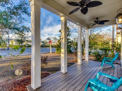 Photo for Amazing Beach House - Short walk to Beach and Shipwreck Island Water Park