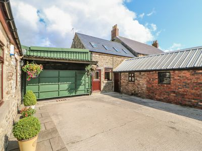 Photo for Ferngrove Cottage, BUTTERKNOWLE