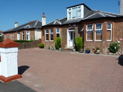 Photo for Tighnaligh Holiday Villa Rental Largs. 3 Bedrooms with en-suite. Sleeps 7.