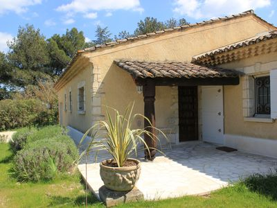 Photo for Independent studio in a farmhouse 1.5km from the center of St Remy de Provence