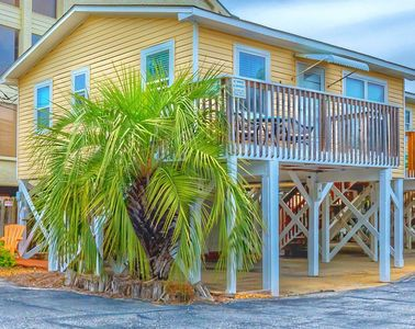 "Photo for ""Sun Baby"" Key West Cottage-Steps 2 Sea, Pool/Pets, Up to $100 discount pass included!"