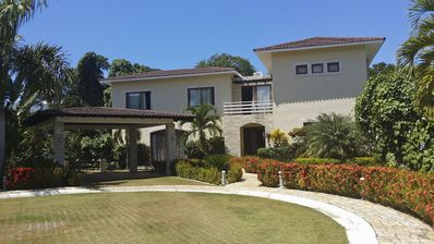 Photo for 5BD Luxury beach villa, large private pool and garden, cable TV Internet A/C BBQ